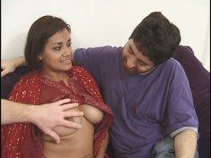 Juggy Indian girl Dahlia likes two cocks in her throat